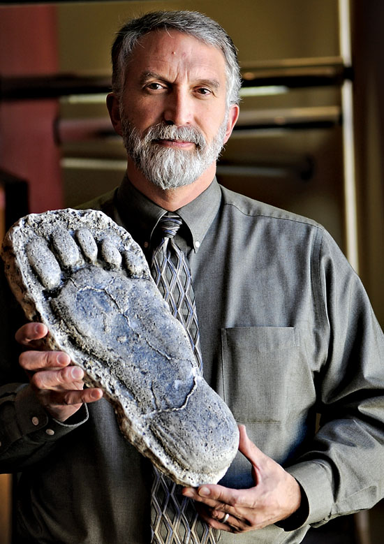 Bigfoot photos, Foot prints and Track on Pinterest