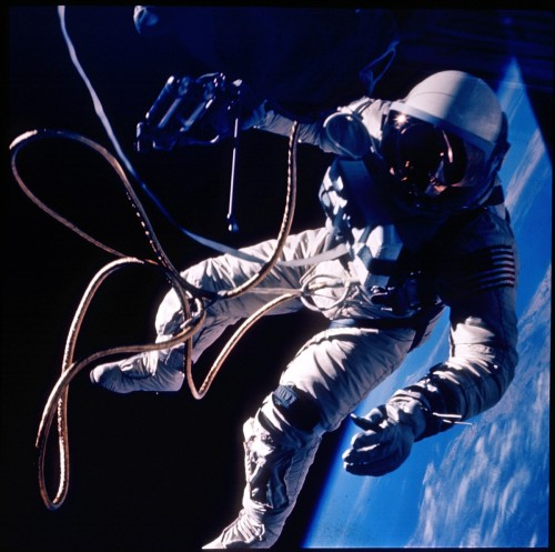 Gemini 4 Spacewalk