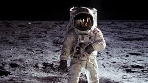 astronaut-moon
